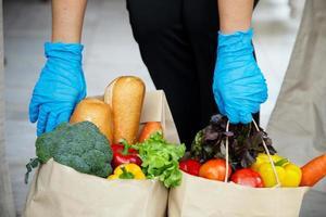 Foodservice-Anbieter. Bleiben Sie zu Hause und reduzieren Sie die Ausbreitung des Covid-19-Virus