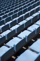 Nahaufnahme Detail der blauen Stadionsitze foto