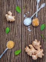 Ingwer mit Honig und Salz foto