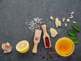 Zutaten für Salatdressing foto