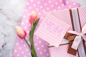 Draufsicht auf Muttertagsgeschenk