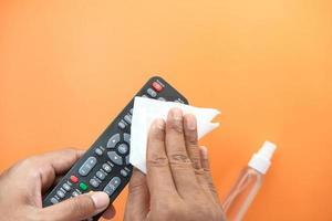 Reinigung der TV-Fernbedienung foto