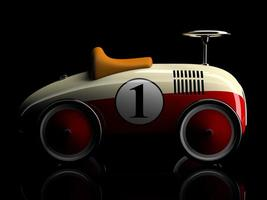 beige-rotes Retro-Spielzeugauto mit einer Nummer eins lokalisiert auf einem schwarzen Hintergrund