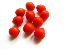 Tomaten auf einem weißen Hintergrund foto