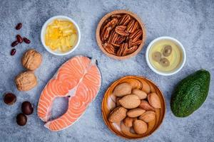 Omega-3-Nahrungsquellen flach liegen foto