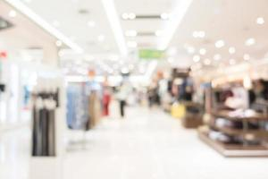 defokussiertes Einkaufszentrum Interieur foto