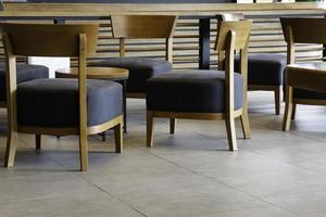 Innenausstattung eines kleinen Cafés foto