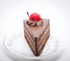 Chocalate-Kuchen mit Kirsche oben drauf