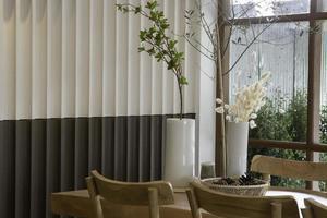 gemütliches Interieur des Coffeeshops foto