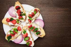 Bruschetta mit Tomaten foto
