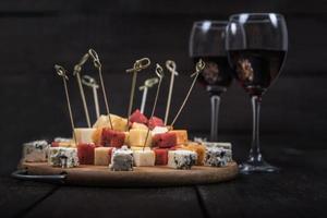 viele Arten von Käse foto