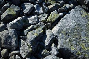Granitsteine unterschiedlicher Größe foto