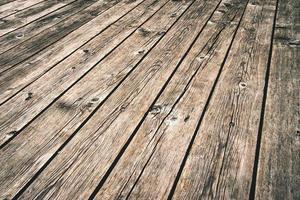 alter dunkler Holzboden foto