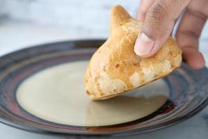 indische Street Food Singara auf Teller