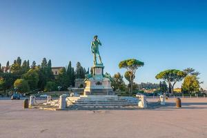 Blick auf Piazzale Michelangelo in Florenz foto