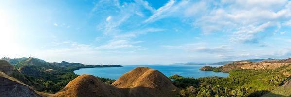 Panorama am Amelia Sonnenuntergangspunkt, Labuan Bajo, Flores Island, Indonesien foto