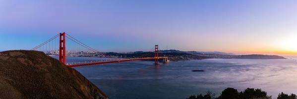 Panoramablick auf Golden Gate Bridge, San Francisco, USA foto