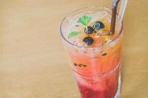 Mischen Sie Frucht Moctails trinken