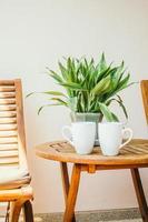 weiße Kaffeetassen foto