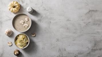 flach lag leckeres Essen Konzept mit Kopierraum foto