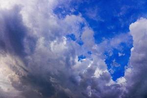 Himmel bewölkt die Natur foto