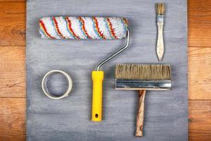 Werkzeuge zum Streichen von Wänden und Decken foto