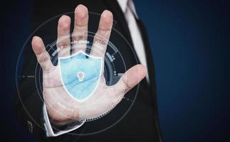 Cybersicherheit und Online-Geschäft sowie Datenschutztechnologie, 3D-Konzept foto