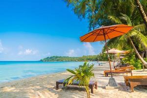 tropischer Strand in Thailand foto