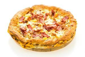 Pizza auf Holztablett foto