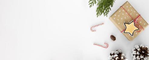 Weihnachtsdekorationsbanner mit Kopierraum foto