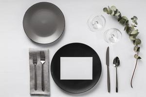 Tischdekoration mit Eukalyptus foto