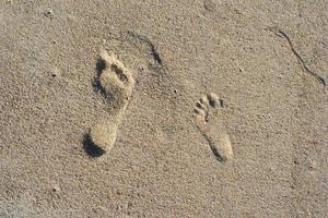 Fußspuren im Sand foto