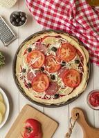 traditionelle Pizza Zutaten foto