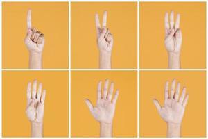 Collage von Fingern, die auf gelbem Hintergrund zählen foto