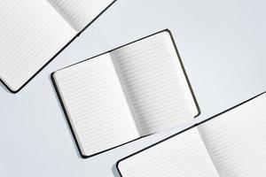 Konzeption von Notebooks flach legen foto
