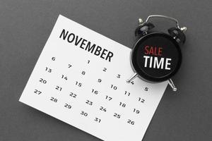 Cyber Montag Verkauf Kalender und Uhr foto