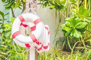 Sicherheitsring um das Schwimmbad foto