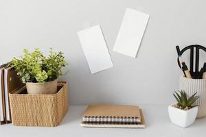 Kopieren Sie Platz über einen Schreibtisch foto