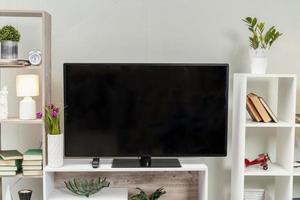 Medienkonsole in einem modernen Zuhause foto