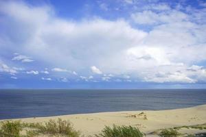 verlassene Seelandschaft auf der Ostsee und Sanddünen foto
