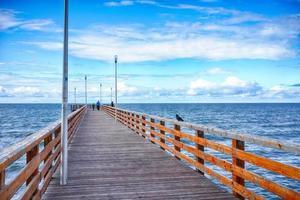der Pier an der Küste von Zelenogradsk. Russland foto