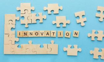 Buchstaben, die Innovation sagen foto