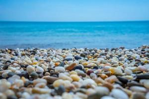 Seelandschaft. Kieselstrand in der Nähe von Jewpatoria foto