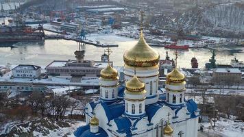 Kirche unserer Dame von Kazan in Nachodka foto