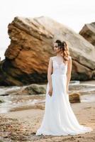 Braut am Ufer des Schwarzen Meeres foto