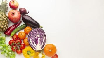 Gemüseanordnung mit Leerraum foto