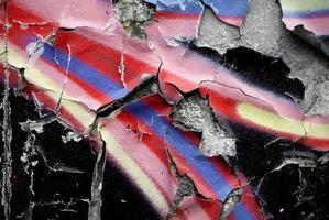Graffiti mit abblätternder Farbe foto