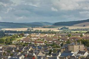 Aufgrund der Schwerindustrie ist die Stadt Invergordon in Scvotland wieder attraktiv als Wohnort foto