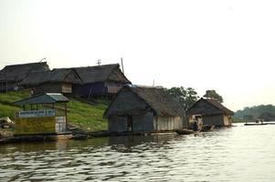 die Slums von Belen Village in Iquitos foto