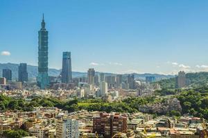 Panoramablick auf die Stadt Taipeh in Taiwan foto